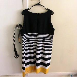 ILE New York Zebra Striped Dress